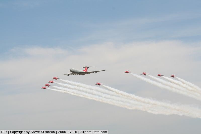 RAF Fairford Airport, Fairford, England United Kingdom (FFD) - Red Arrows and VC10 XV104 at Royal International Air Tattoo 2006