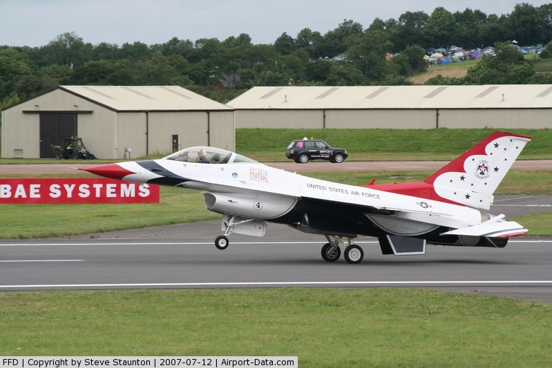 RAF Fairford Airport, Fairford, England United Kingdom (FFD) - Thunderbirds practice at Royal International Air Tattoo 2007