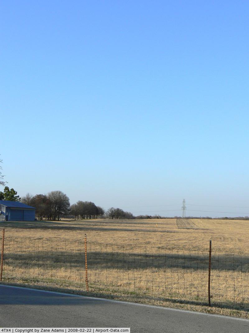 Birk Airport (4TX4) - Birk Private Airstrip - Kennedale, TX