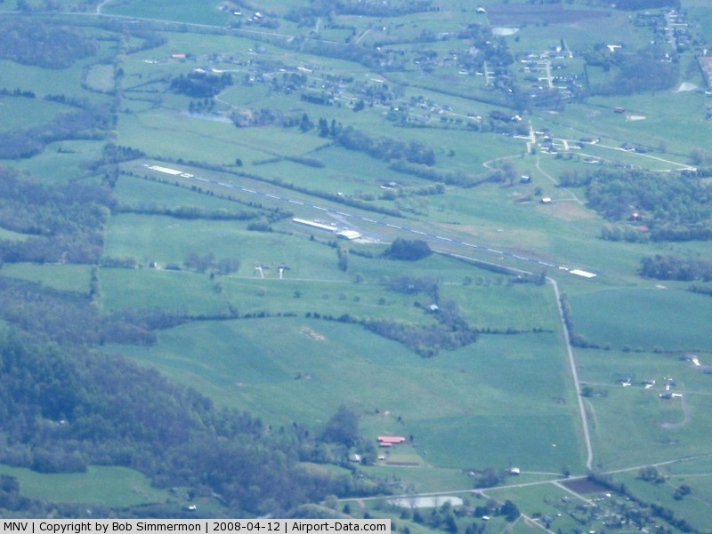 Monroe County Airport (MNV) - Looking E from 9000'