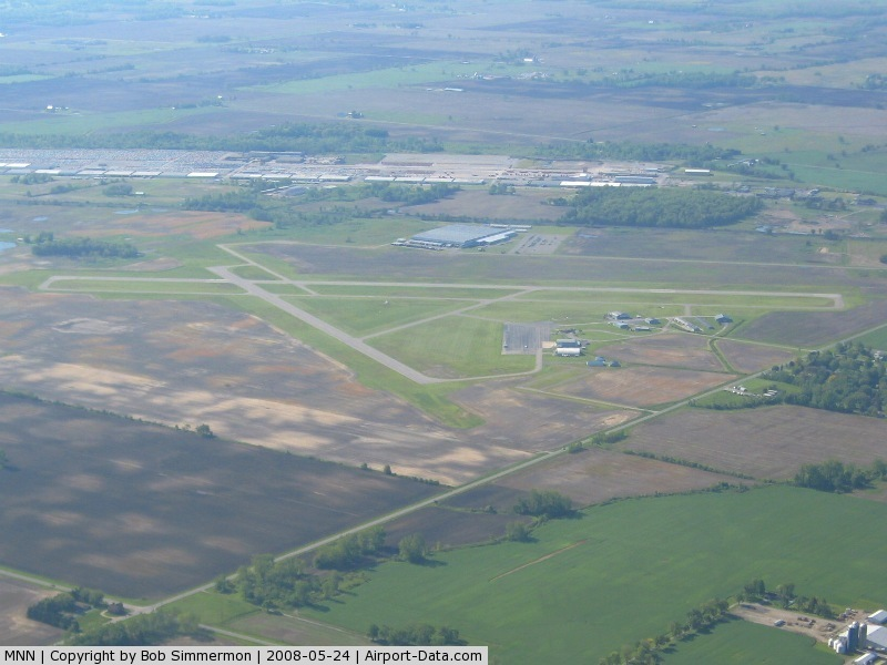 Marion Municipal Airport (MNN) - Looking S from 3500'