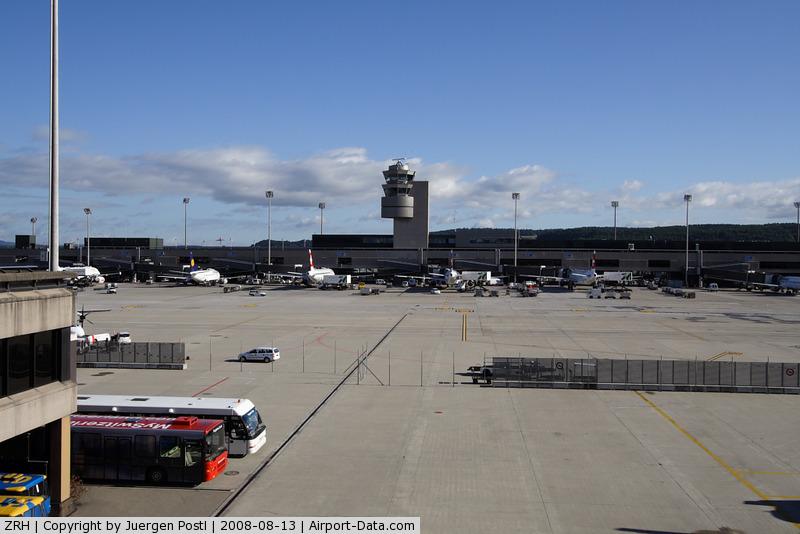Zurich International Airport, Zurich Switzerland (ZRH) - Zürich Flughafen