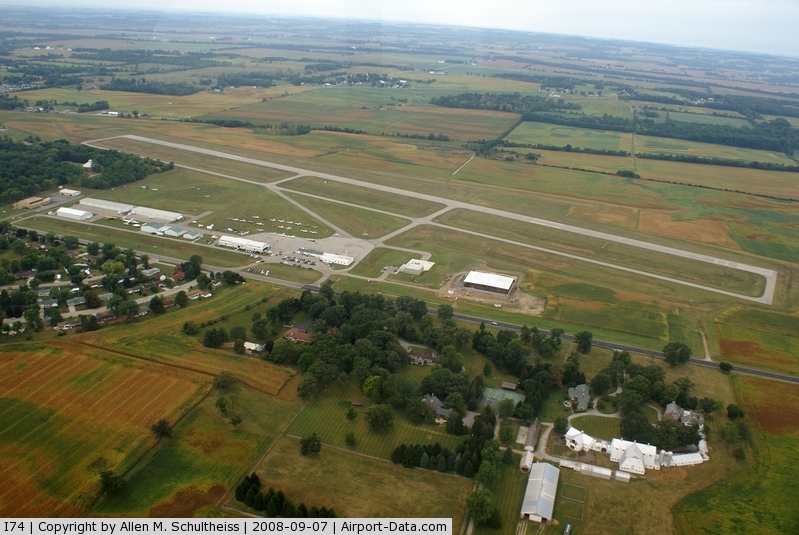 Grimes Field Airport-I74-AOPA Airports