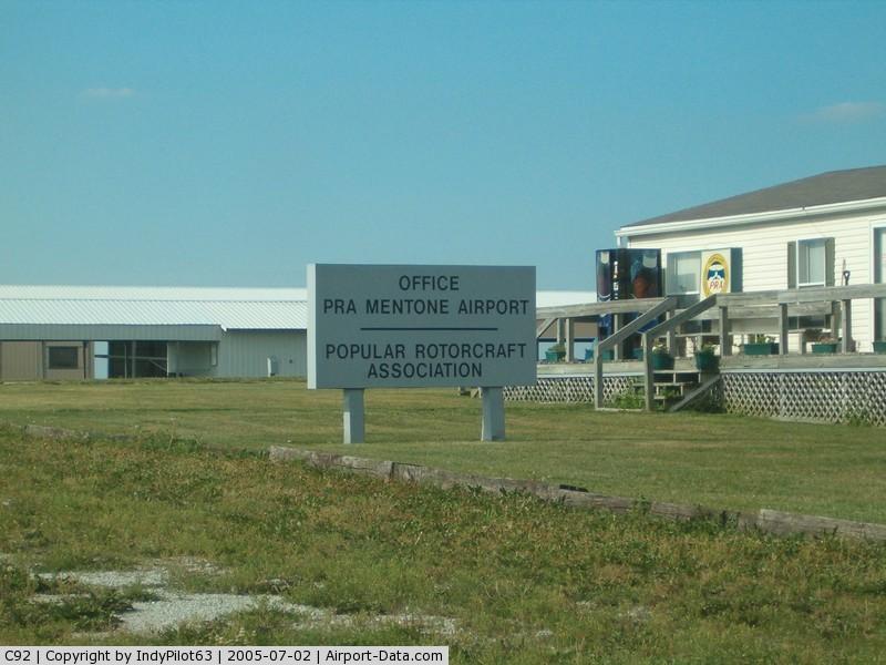 Mentone Airport (C92) - Sign
