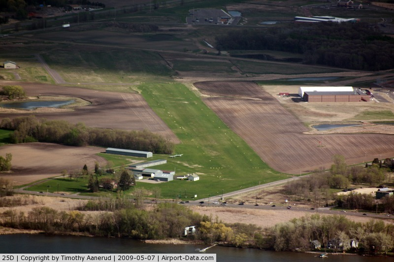 Forest Lake Airport (25D) - Forest Lake, MN