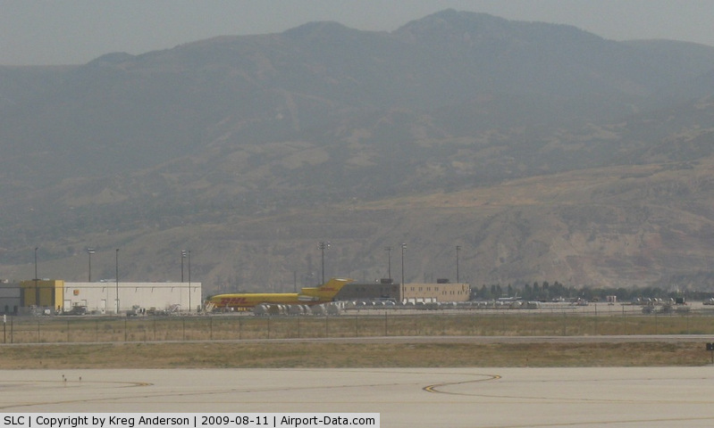 Salt Lake City International Airport (SLC) - The cargo ramp at SLC. Complete with a DHL (Astar Air Cargo) 722 and a few Ameriflight Beech 99s and Metros.