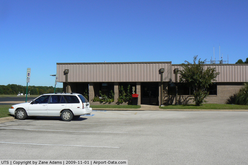 Huntsville Municipal Airport (UTS) - Terminal Building at Hunstville, Texas