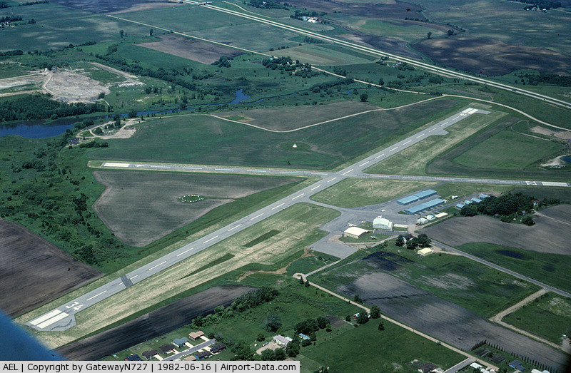 Albert Lea Municipal Airport (AEL) - Flying south to north. Taken from N7680U.