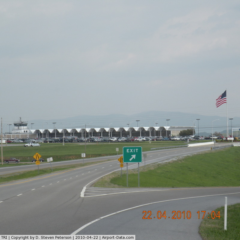 Tri Cities Airport Hotels