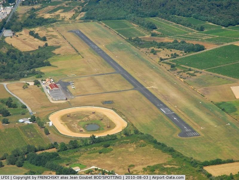 Libourne artigues de lussac airport libourne france lfdi for Terrain libourne