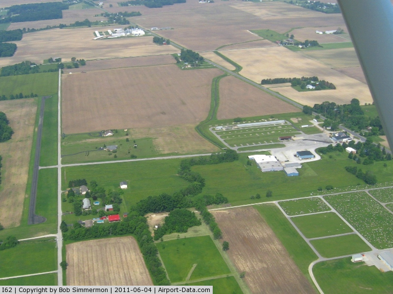 Brookville Air-park Airport (I62) - Looking west