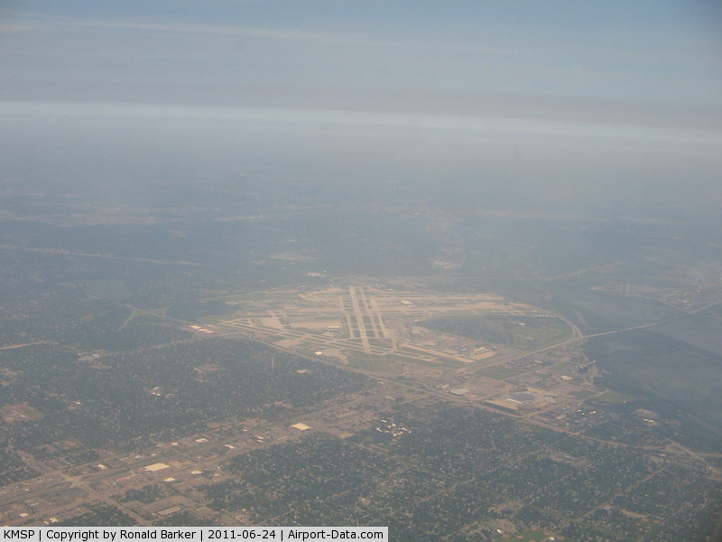 Minneapolis-st Paul Intl/wold-chamberlain Airport (MSP) - MSP from a distance