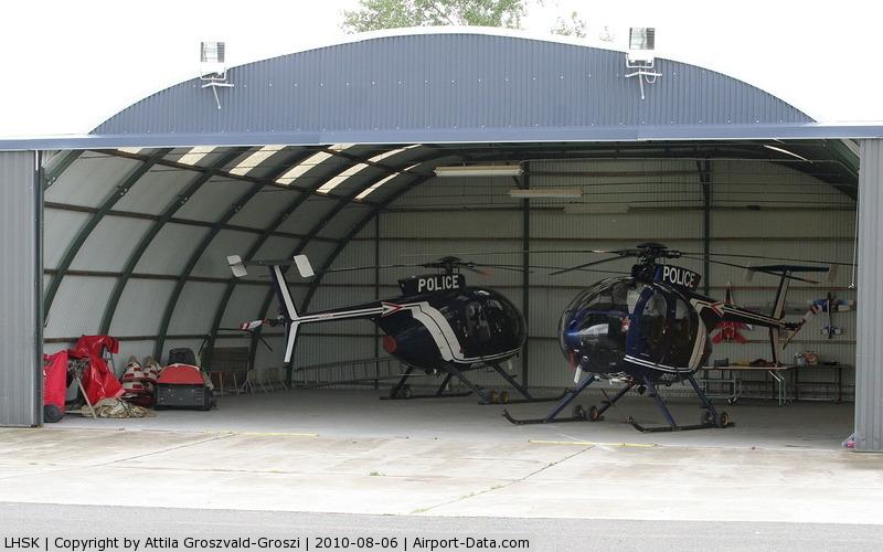 LHSK Airport - Siofok-Kiliti Airport - ORFK Hungarian Fly Police base