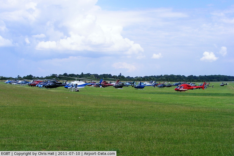 Turweston aerodrome airport turweston england united for Finepix s5700 prix