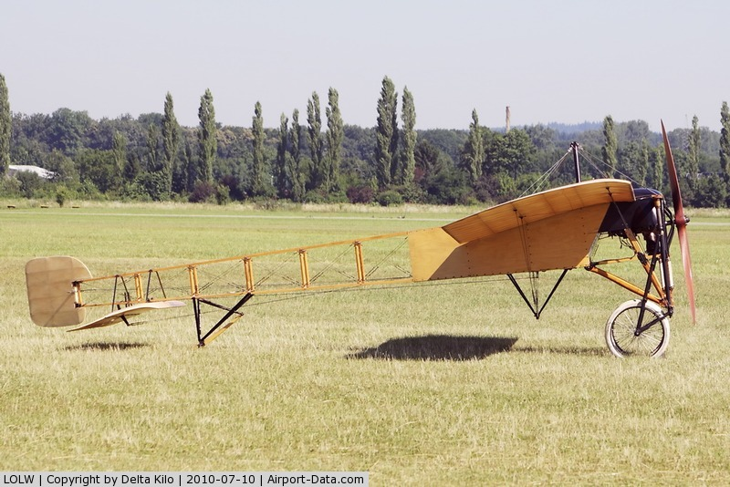 LOLW Airport - 100 years Airfield Wels-(Mikael Carlson) Bleriot