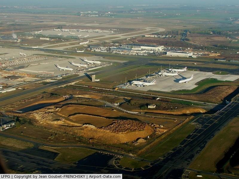 Paris Charles de Gaulle Airport (Roissy Airport), Paris France (LFPG) - CDG au nord