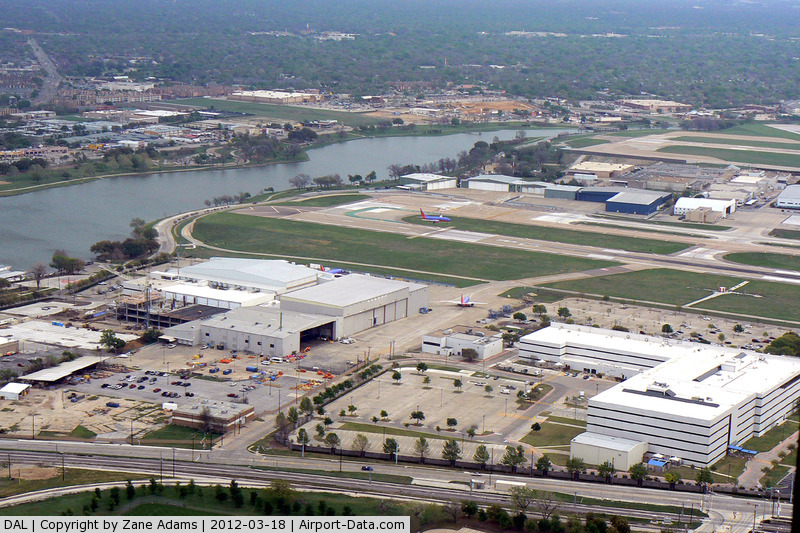 Dallas love field airport dal southwest airlines headquarters in