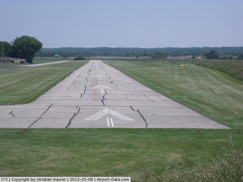 Moraine Air Park Airport (I73) - the runway