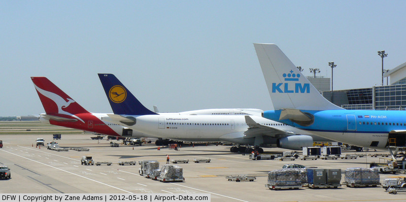 Dallas/fort Worth International Airport (DFW) - QANTAS, Lufthansa and KLM at the gate - DFW Airport, Texas