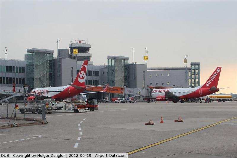 Düsseldorf International Airport, Düsseldorf Germany (DUS) - View to gates B02 and B03.....