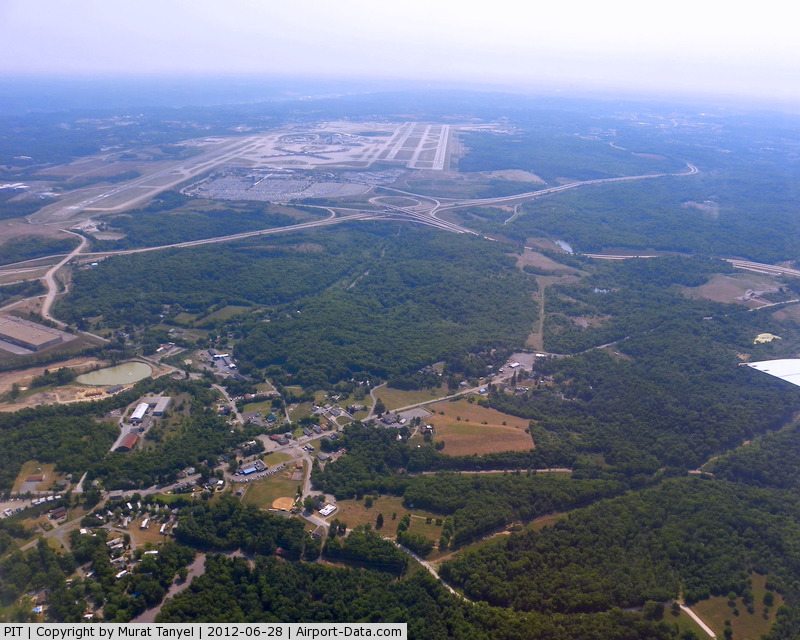 Pittsburgh International Airport (PIT) - Climbing from PIT