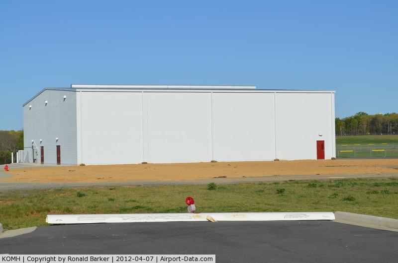 Orange County Airport (OMH) - Orange Dive Hanger