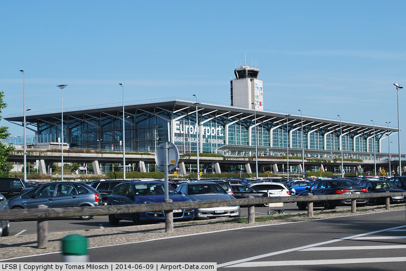 freiburg germany airport