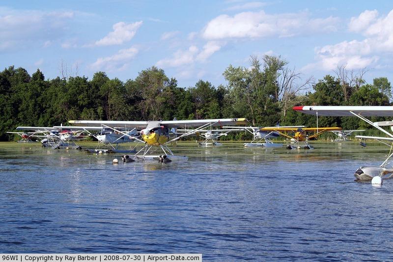 Vette/blust Seaplane Base (96WI) - Showing collection of floatplanes on 30/07/2008