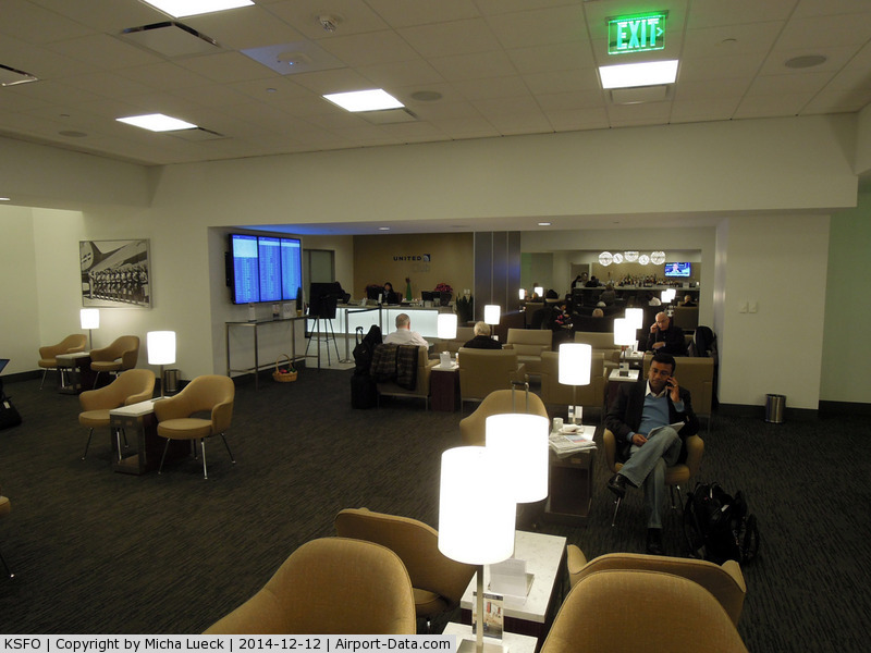 San Francisco International Airport (SFO) - UA Red Carpet Club at SFO domestic
