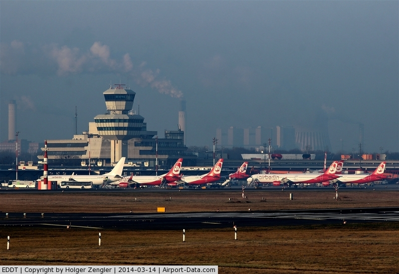 Tegel International Airport (closing in 2011), Berlin Germany (EDDT) - A frenzy in red and white - what a wonderful days for a plane spotter....