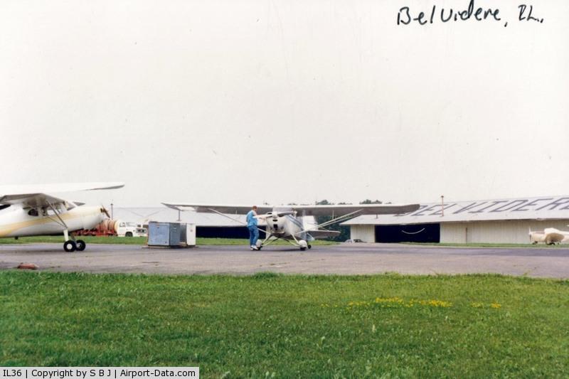 Bob Walberg Field Airport (IL36) - A fueling stop at Belvidere,IL.