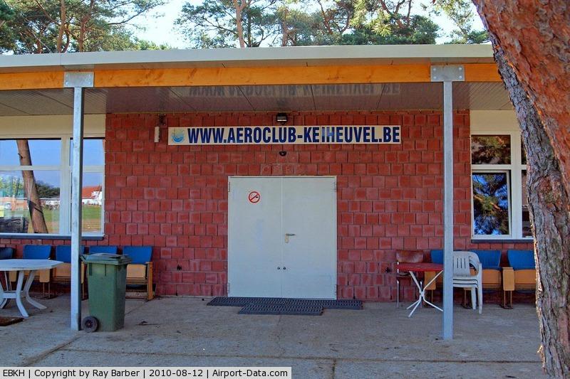 Balen-Keiheuvel Airport, Balen-Keiheuvel Belgium (EBKH) - Aeroclub Balen-Keiheuvel~00 (EBKH) 12/08/2010