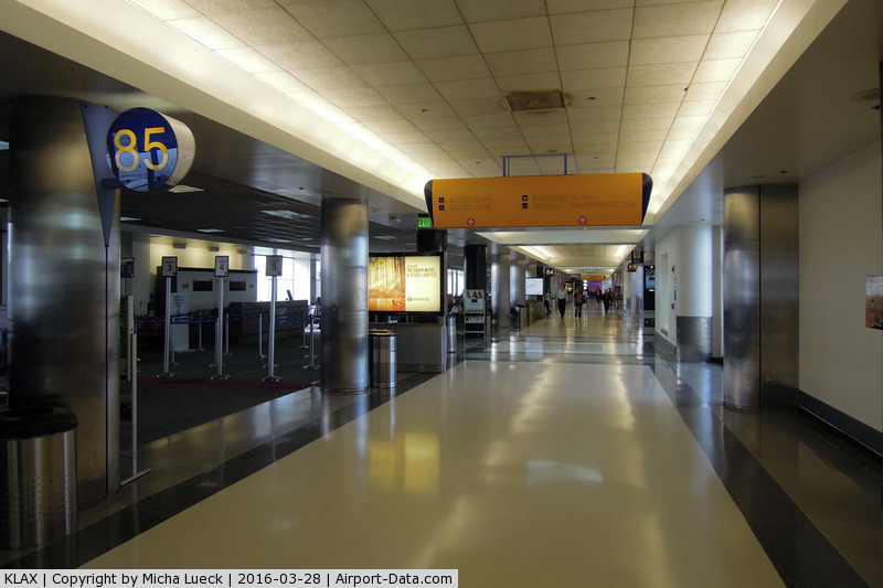 Los Angeles International Airport (LAX) - A rather quiet time at LAX