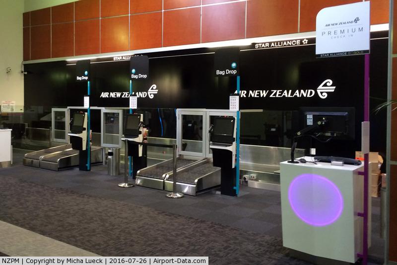 Palmerston North International Airport, Palmerston North New Zealand (NZPM) - Air NZ bag drop