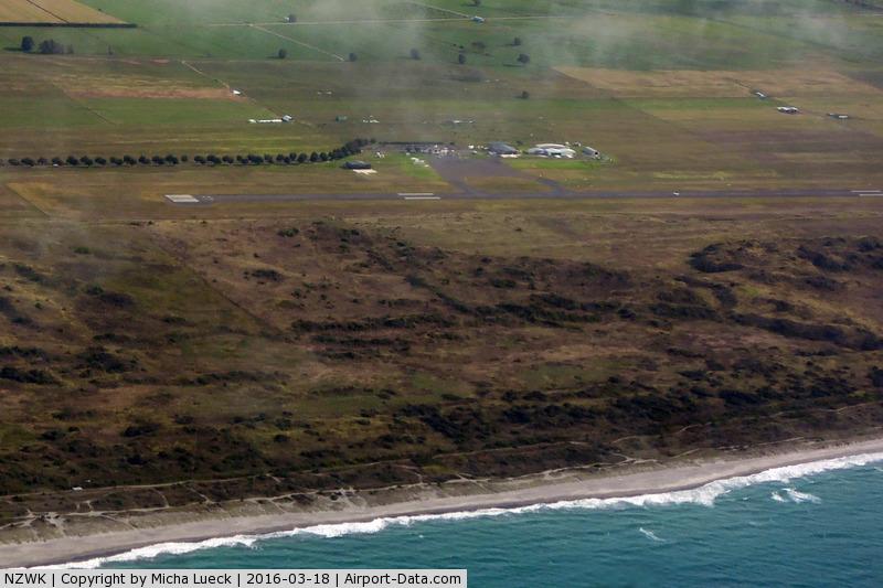 Whakatane Aerodrome Airport, Whakatane New Zealand (NZWK) - Taken from ZK-CIC, WHK-AKL