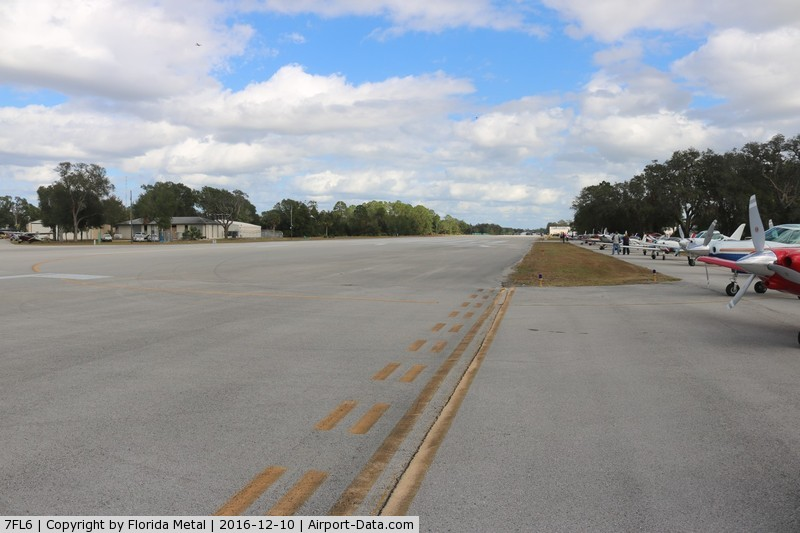 Spruce Creek Airport (7FL6) - Spruce Creek runway