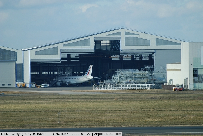 Bordeaux Airport, Merignac Airport France (LFBD) - Sabena Technics