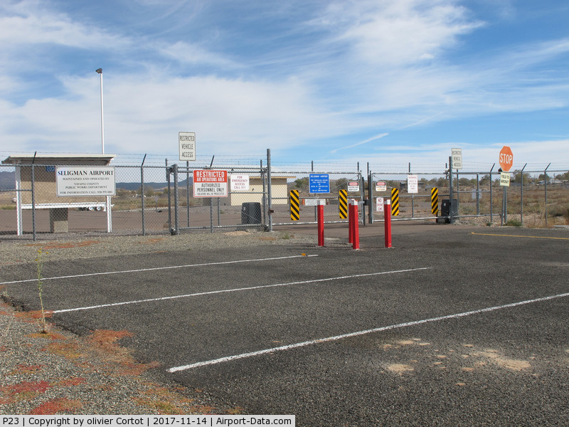 Seligman Airport (P23) - view from the parking lot