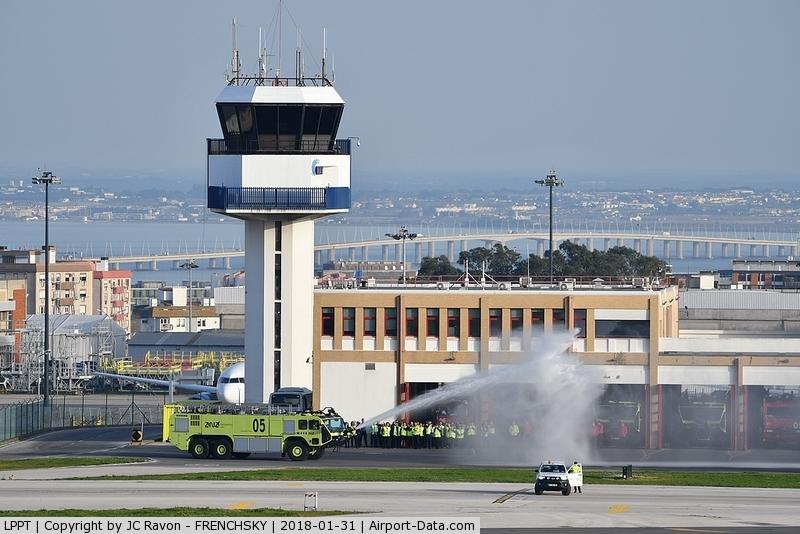 Portela Airport (Lisbon Airport), Portela, Loures (serves Lisbon) Portugal (LPPT) - fire station training