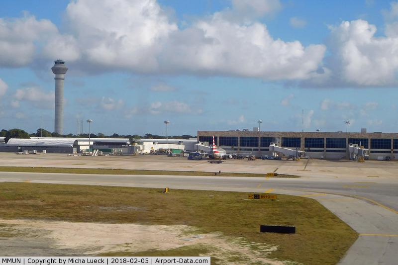 Cancún International Airport, Cancún, Quintana Roo Mexico (MMUN) - Cancun