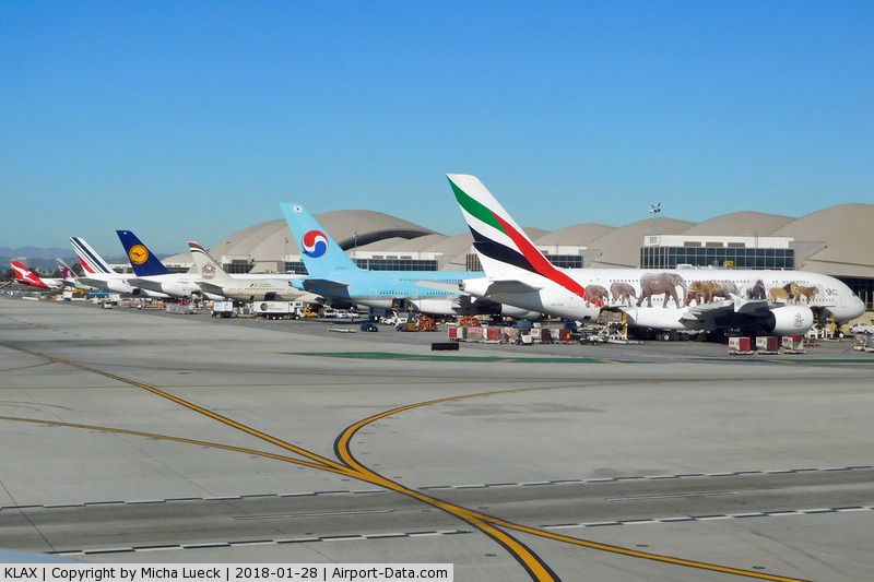 Los Angeles International Airport (LAX) - Great line-up at TBIT