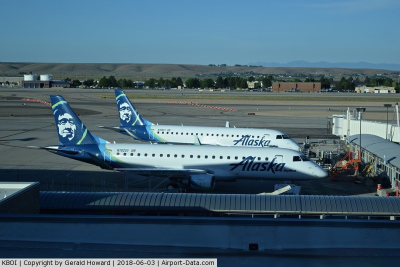 Boise Air Terminal/gowen Fld Airport (BOI) - Two Alaska aircraft awaiting passengers for early morning flights.