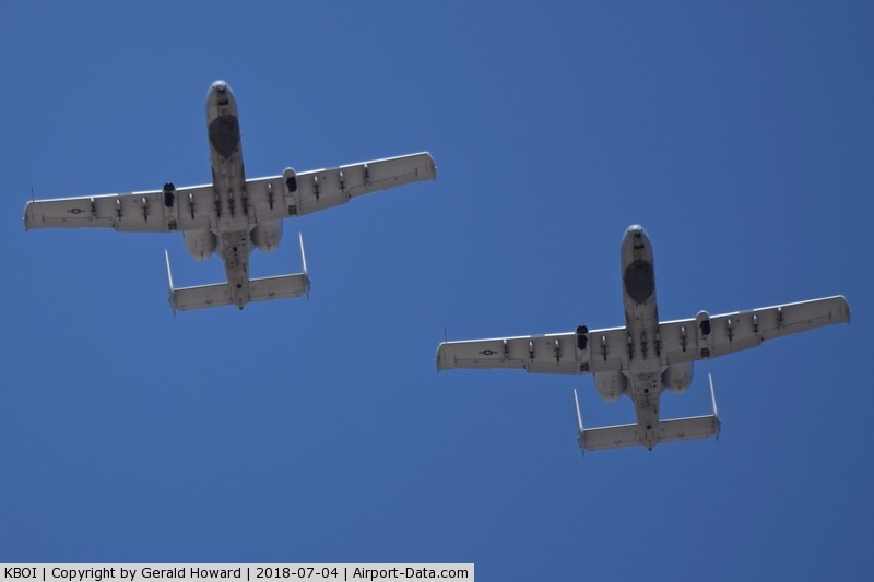Boise Air Terminal/gowen Fld Airport (BOI) - Two A-10C from the 190th Fighter Sq., 124th Fighter Wing, Idaho ANG.