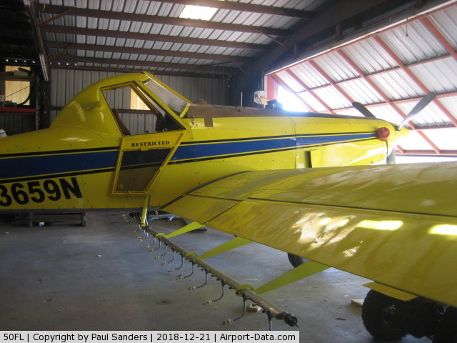 Odom's Flying Service Airport (50FL) - Air Tractor 400