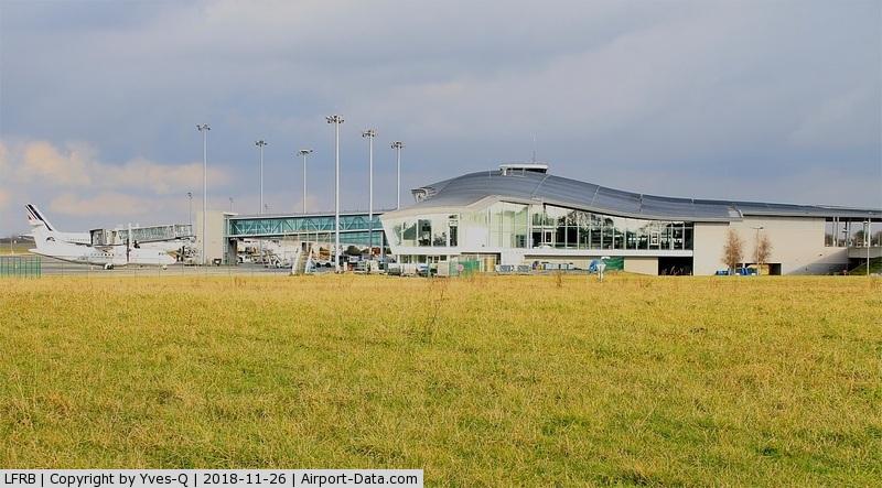 Brest Bretagne Airport, Brest France (LFRB) - Brest-Bretagne airport (LFRB-BES)
