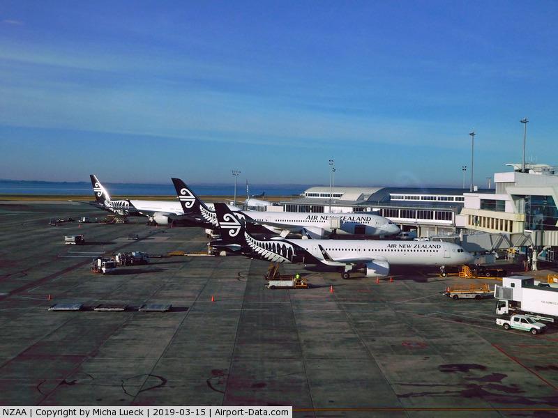 Auckland International Airport, Auckland New Zealand (NZAA) - Auckland is NZ's home base