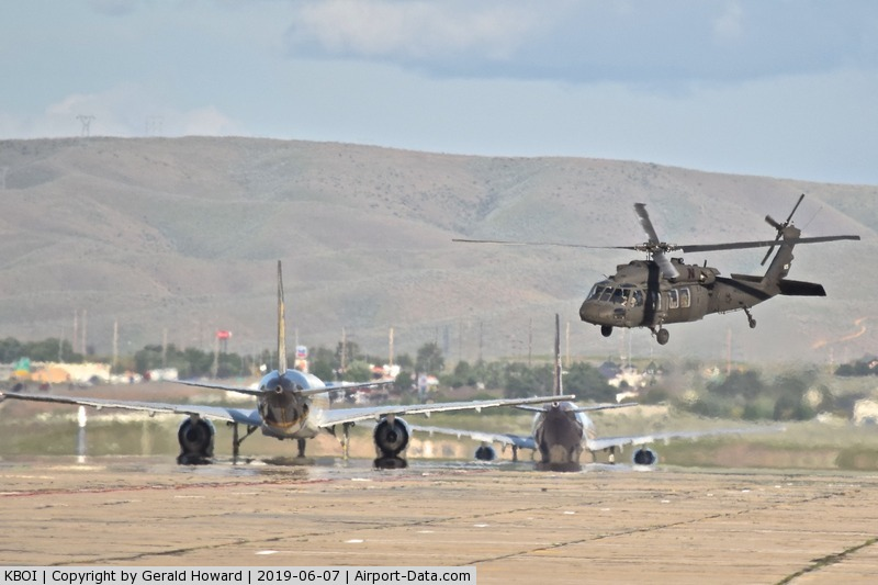 Boise Air Terminal/gowen Fld Airport (BOI) - UH-60A departs on Bravo after UPS & Fed Ex pass by headed for RWY 28L.