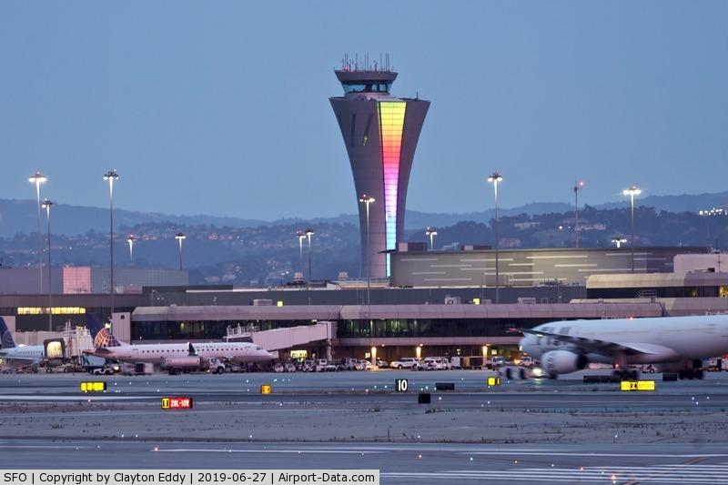 San Francisco International Airport (SFO) - SFO tower 2019.