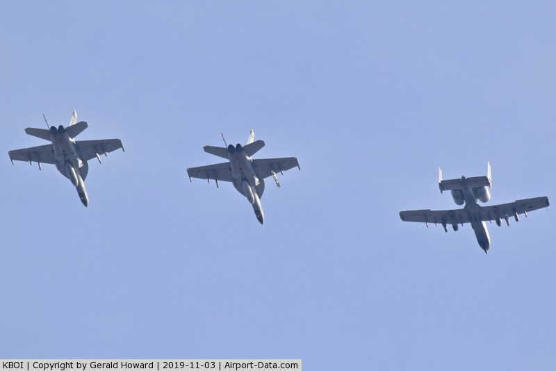 Boise Air Terminal/gowen Fld Airport (BOI) - Flight of A-10Cs from 190th Fighter Sq., Idaho ANG & FA-18F from VFA-2, NAS Lemoore, CA.