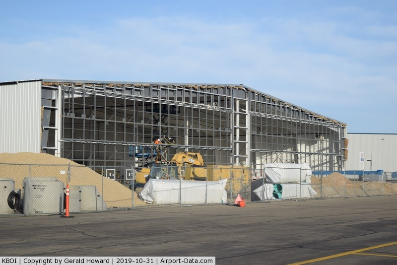 Boise Air Terminal/gowen Fld Airport (BOI) - Starting work on the doors.